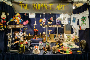 The puppet Art